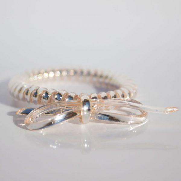 Perlová gumička do vlasov s mašličkou Hairfix - Metallic Bow Pearl