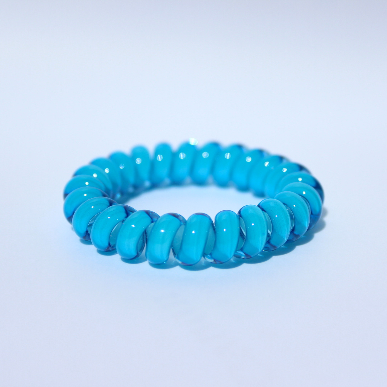 Modrá gumička do vlasov Hairfix - Cool Blue